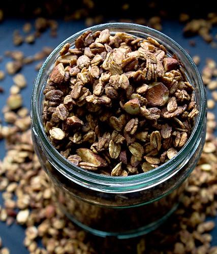 Sweet almonds, Coffee Granola