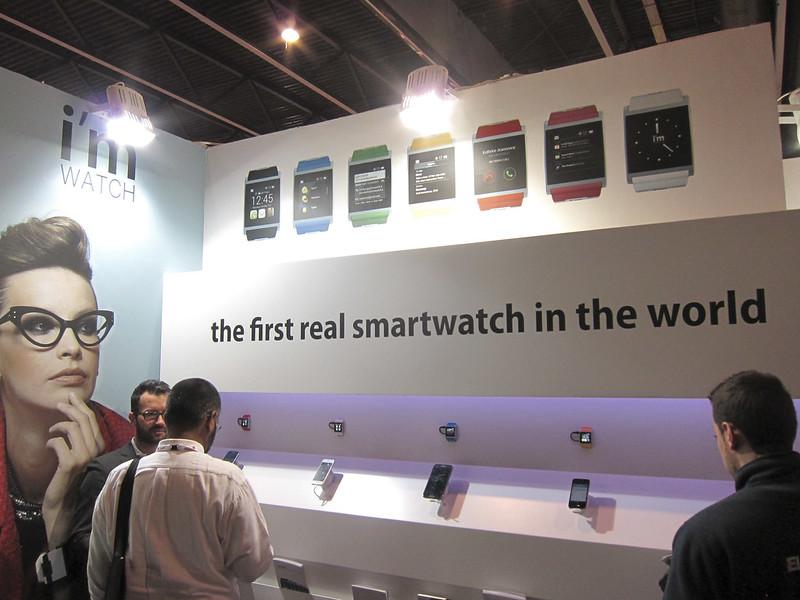 smart watch showcase