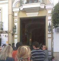 Puerta capilla besamanos Estrella