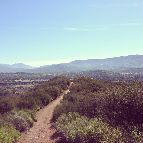 A ridgeback path looking out over Ojai Valley