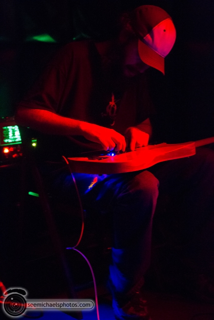 Experimental Guitar Show at Soda Bar 32313 © Michael Klayman-004