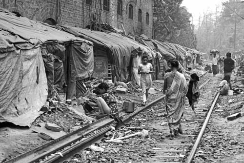 kolkata slum by daniele romagnoli