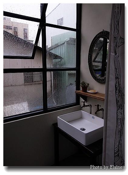 藍色房浴室2