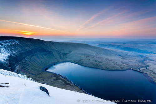 winter light sunset sky cliff sun mountain lake snow water wales rural walking landscape evening countryside nationalpark spring view unitedkingdom top atmosphere down breconbeacons hills edge summit april welsh distance walkers steep slopes llanddeusant llynyfanfach llynyfan