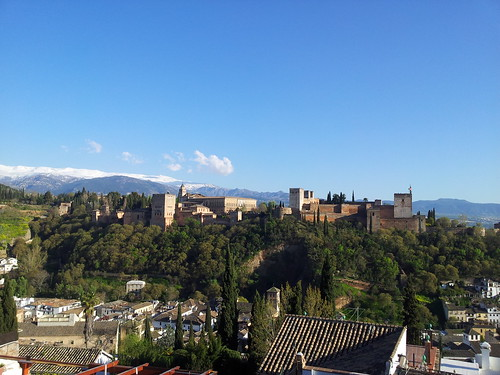 La Alhambra by Francisco. Aguilar