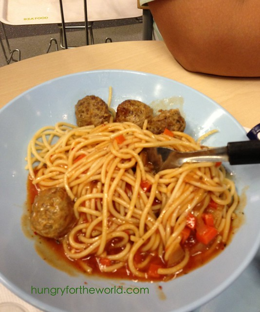 halal pasta with meatballs