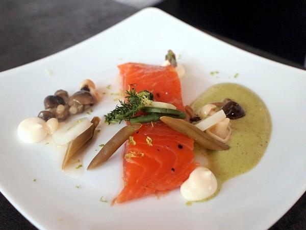 savour 2013 - singapore - gourmet market (195)