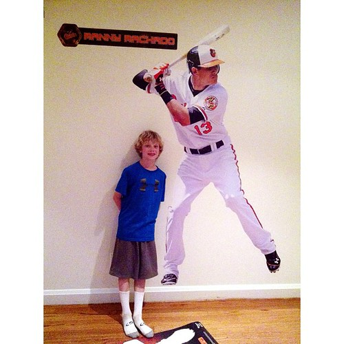 Micaiah with his new roommate...#masn, #orioles, #mannymachado