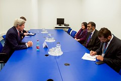 U.S. Secretary of State John Kerry meets with government officials from Pakistan on July 22, 2016, at the Vienna International Center in Vienna, Austria, amid negotiations to amend the Montreal Protocol climate change agreement. [State Department Photo/ Public Domain]