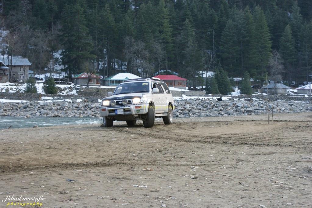 Muzaffarabad Jeep Club Neelum Snow Cross - 8469271154 33a5057347 b