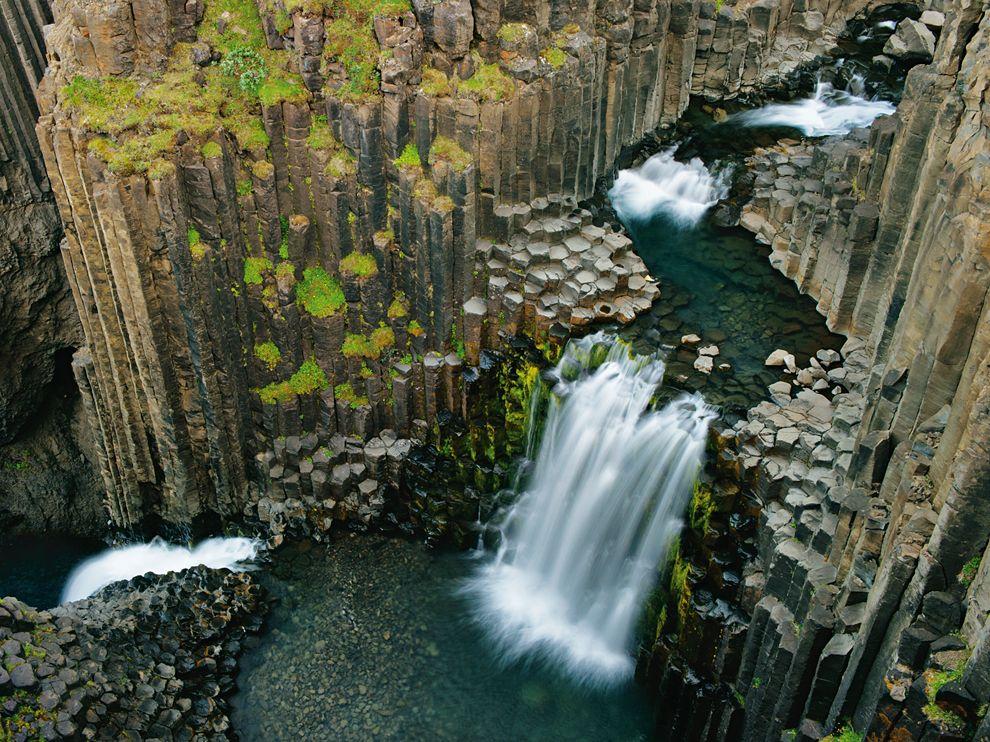 litlanesfoss-waterfall-iceland_58698_990x742
