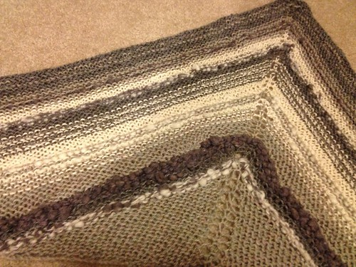 Reverse side part homespun shawlette