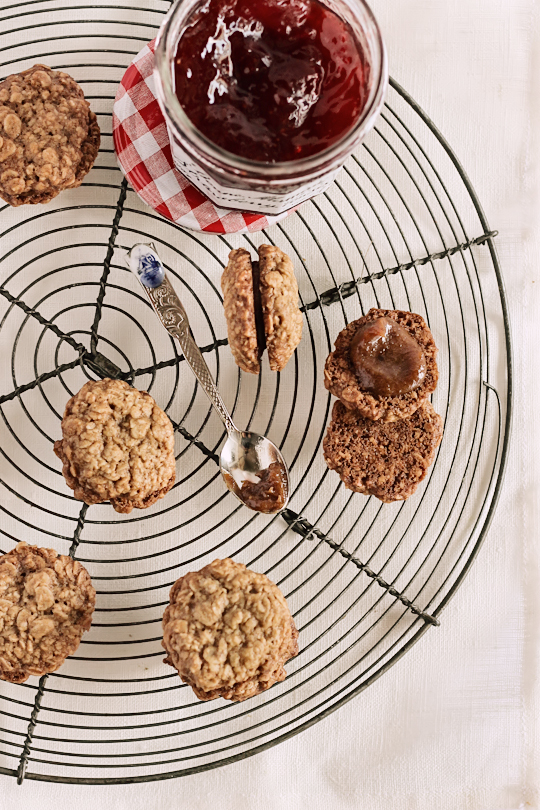 Date & Strawberry Oatmeal Cookies1