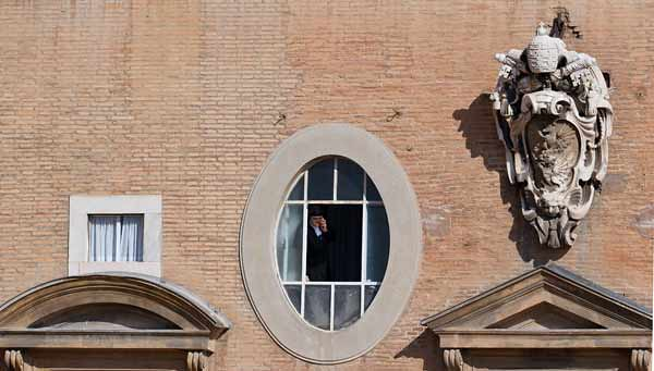 TOPSHOTS-VATICAN-POPE-LAST AUDIENCE