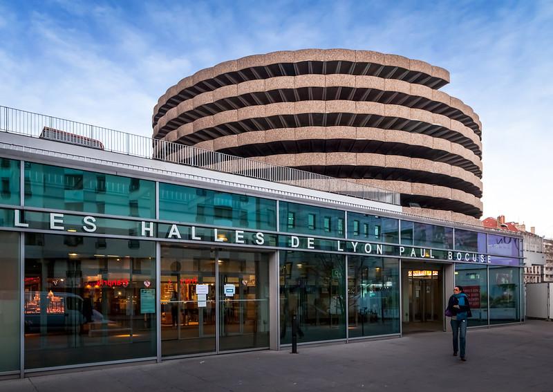 Les Halles de Paul Bocuse / Parking Moncey-Nord