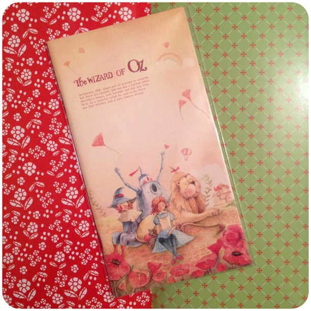 Each page is patterned inside #stationery #snailmail #notebook #wizardofoz #yozocraft