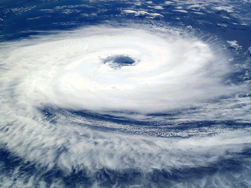 Satellite_images_storm