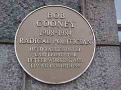 Photo of Bob Cooney yellow plaque