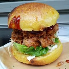 sloppy joe(0.0), veggie burger(0.0), cheesesteak(0.0), cheeseburger(0.0), sandwich(1.0), breakfast(1.0), pulled pork(1.0), hamburger(1.0), slider(1.0), bã¡nh mã¬(1.0), food(1.0), dish(1.0), breakfast sandwich(1.0), fast food(1.0),