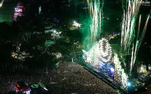 Ultra Music Festival 2013 Wallpaper (16:10)