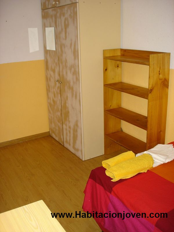 Alquiler habitaci n madrid moratalaz c entre arroyos n 52 h2 350 habitaci n joven - Pisos en alquiler moratalaz ...