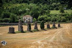 Ruinas de un antiguo acueducto romano