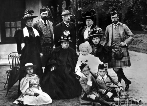 1895 Queen Victoria (1819 - 1901) with her family, (standing left to right)