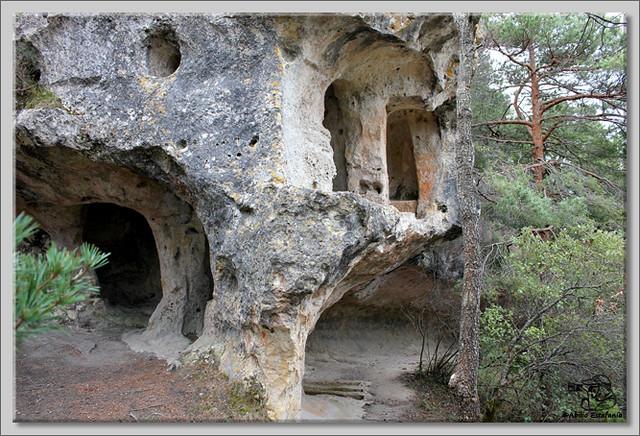 1 Cuevas de Pinedo
