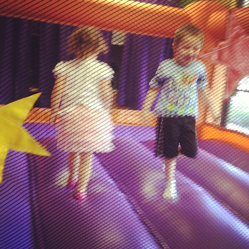 We had a great play date today (it involved a bounce house.... Z's favorite thing ever)... #steps towards a new friendship! #projectlife365