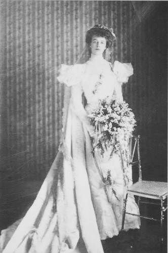 Eleanor Roosevelt in wedding dress - January 1905 - FDR Presidential Library and Museum - Springwood Estate - Hyde Park NY - 2013-02-17