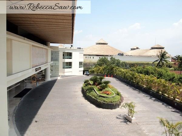 deluxe room sheraton bali kuta beach-012
