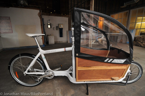 Cargo bike canopy from Blaq Design-1