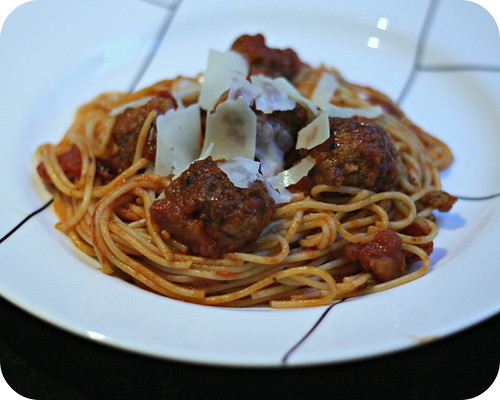 Sriracha Spaghetti and Meatballs
