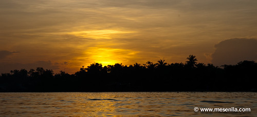 Salida del sol al Mekong