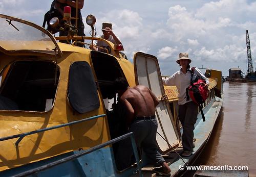 Barca que ens ha de portar a Vietnam