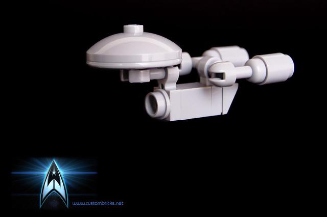 Micro Lego USS Enterprise