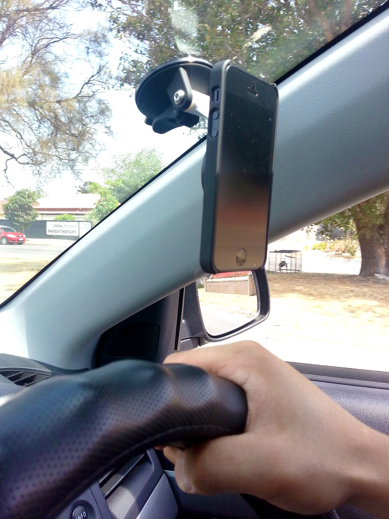 iPhone 5 M Case & Car Mount