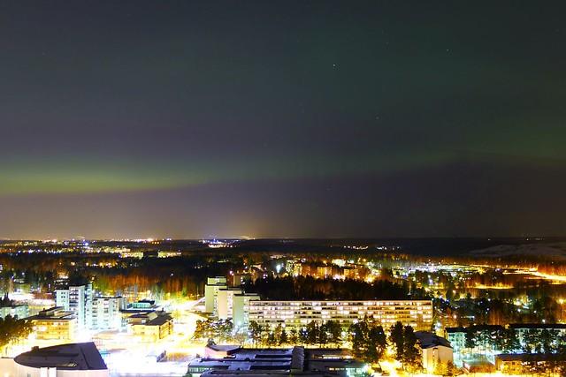 Aurora boreal sobre Helsinki