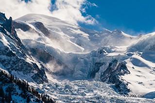 Tempête de Foehn sur le Mont-Blanc.