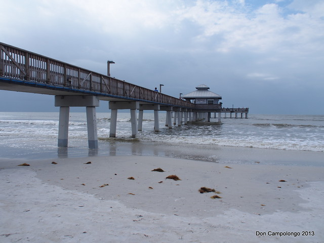 Fishing pier fort myers beach flickr photo sharing for Fort myers beach fishing pier