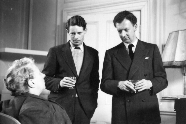Joan Cross, Basil Coleman (producer) and Benjamin Britten during rehearsals for 'Gloriana' (1953) at Orme Square. ©1953 ROH / Roger Wood