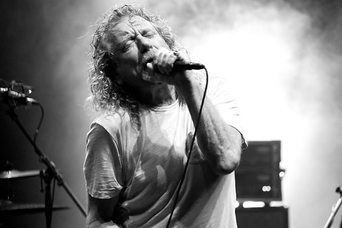 Robert Plant Presents The Sensational Space Shifters | by kristinacortez