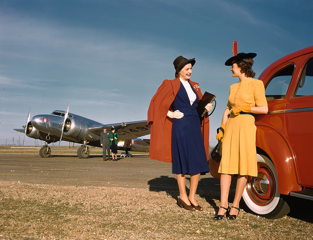 [Models with Oldsmobile Automobile, Lockheed 10B Electra, Delta Air Lines]