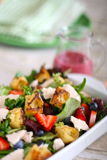 Summer Salad with Eggo Croutons 001