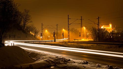 winter yellow night hungary este magyarország hó tél isaszeg sorompó