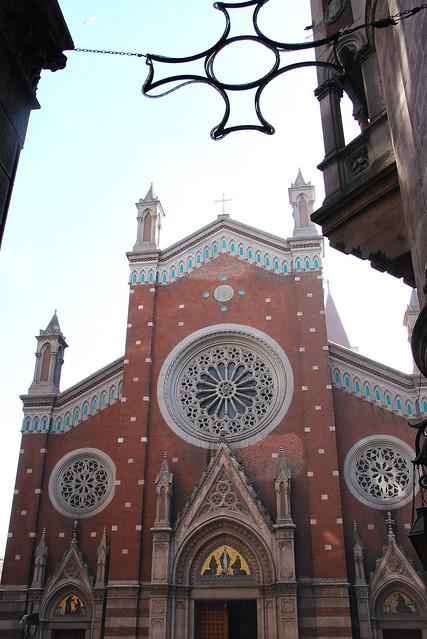 Church of St. Anthony of Padua, Istanbul, Turkey イスタンブール新市街、聖アントワーヌ教会