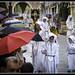 Nazarenos bajo la lluvia