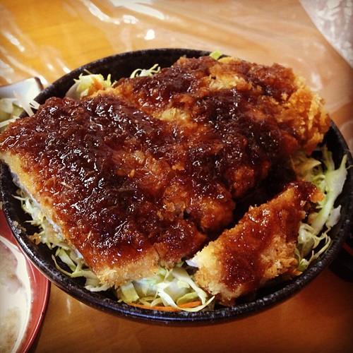 当店人気No.1 ソースカツ丼。