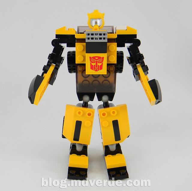 Transformers Bumblebee - Kre-O - modo robot