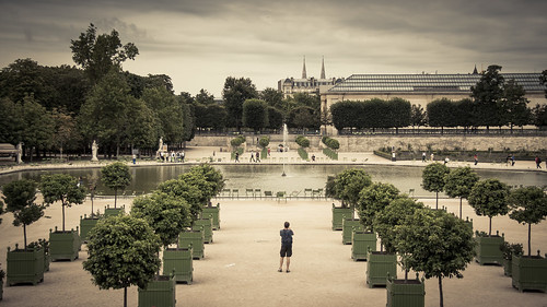 Urban Mythologies : No more oranges (Tuileries, Paris) - Photo : Gilderic